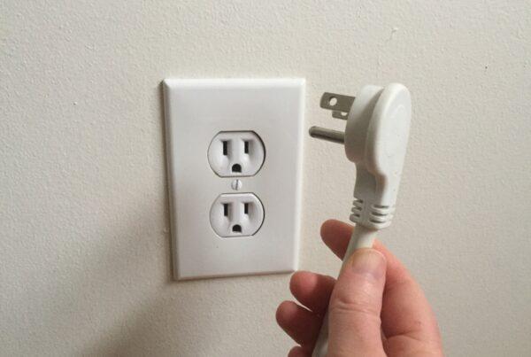 Unplug outlet